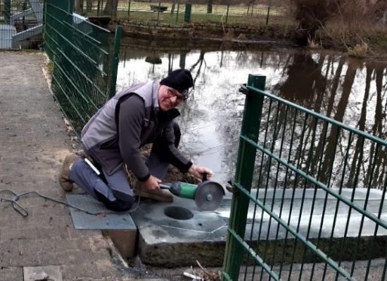 Feinarbeit an der Wasserführung